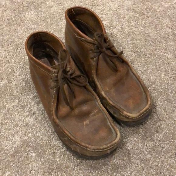 47e6e7e5df7b2 Clarks Shoes | Wallabee Mens Sz 9 Guc | Poshmark
